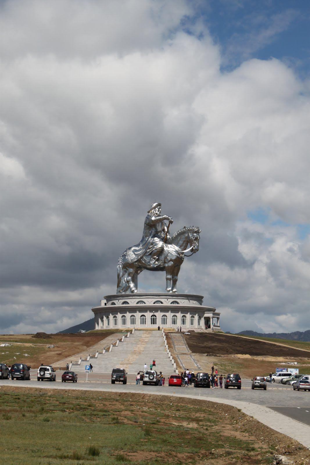 mongolia gengis khan genghis khan born temujin was