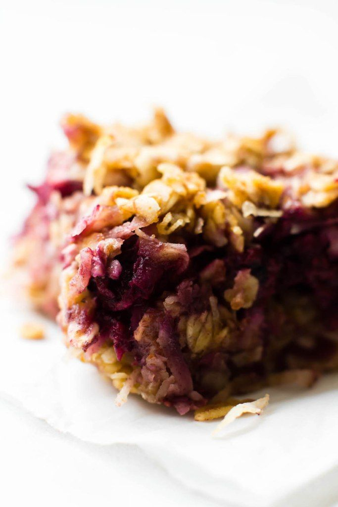 Chewy Coconut Berry Crumble Bars {vegan, gf, oil-free}