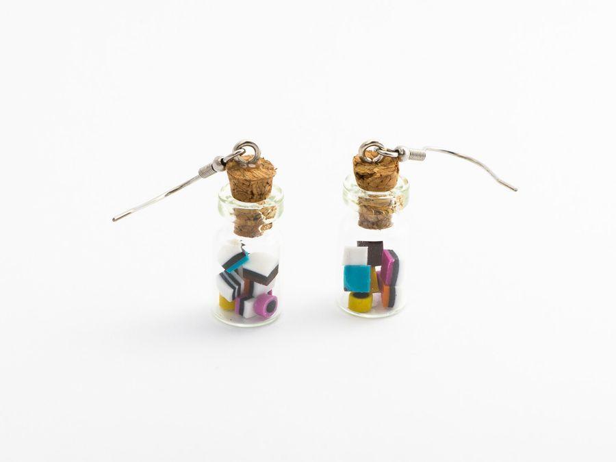 Minikarkkeja pullossa (englanninlaku), roikkuva, 12,50€