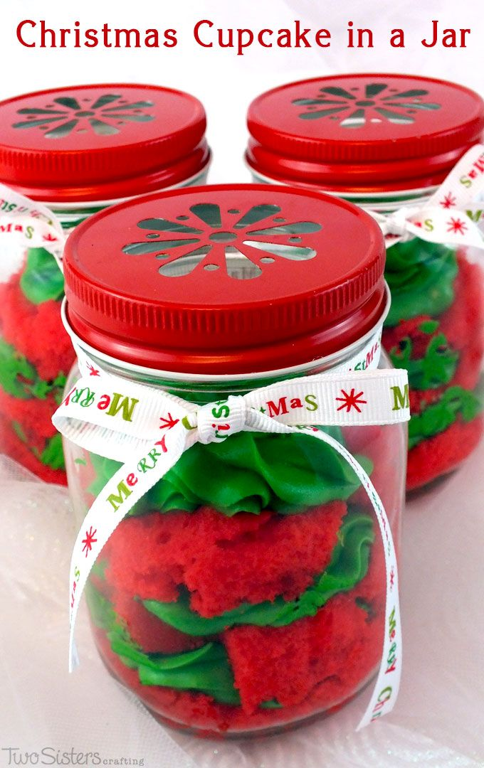 Our colorful Christmas Cupcake in a Jar are festive, easy to make and delicious. They will wow as either a holiday party dessert or a unique Christmas gift.