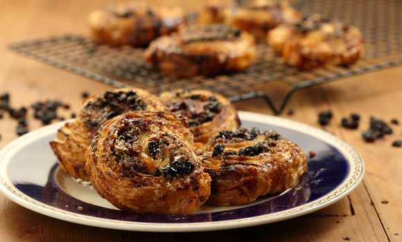Perfect for today's 3pm pick me up: Maggie's Coffee Vino Cotto and Currant Scrolls!