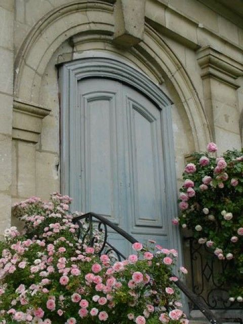 LOVE the door color!!**My French Country Home, French Living ...
