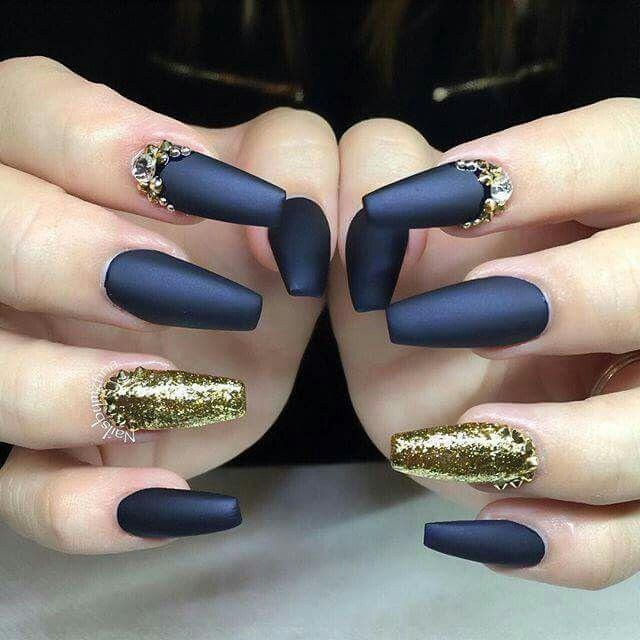 royal blue and gold nails matte