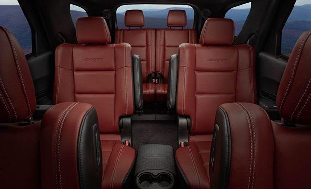 #veiculosimportados Dodge Durango SRT - SUV de 7 lugares