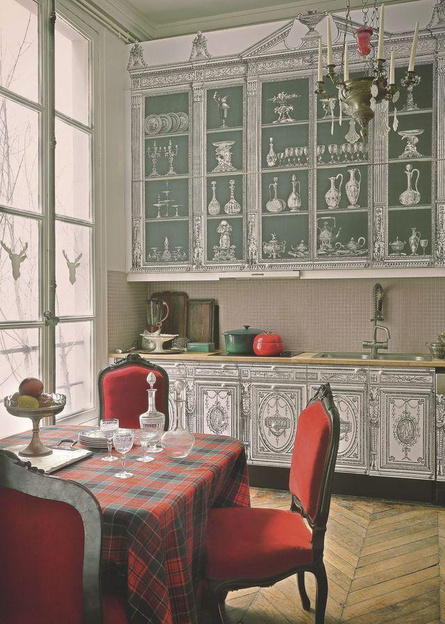 Appartement Paris 1er  un bureau et une maison Kitchens, Kitchen