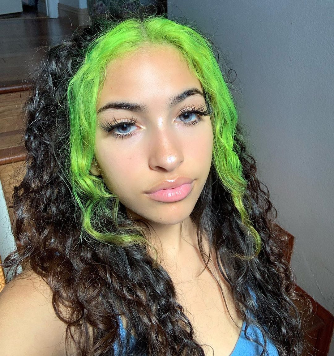 Neon Green Highlights Dyed Curly Hair Hair Color Streaks Green Hair Streaks