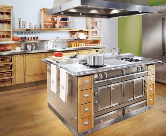 La Cornue Kitchen. Please Someone Give Me This Kitchen :)