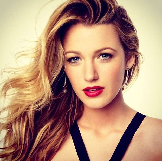 15 Celebrities With Beautiful Pale Skin Blake Lively Style Beauty Hair Beauty