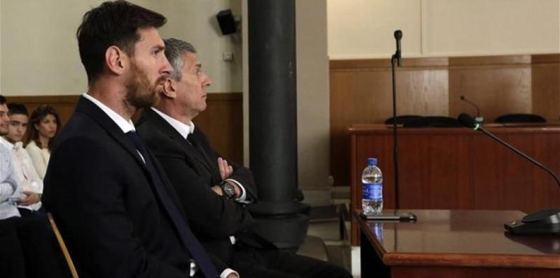 Νευρικός και αγχωμένος ο Μέσι μέσα στο δικαστήριο - ΒΙΝΤΕΟ