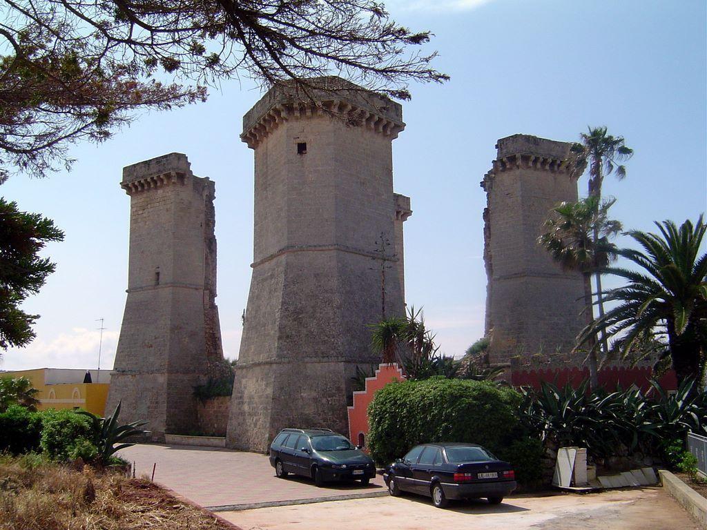 Le quattro colonne nard salento spiagge di nard - Santa maria al bagno spiagge ...
