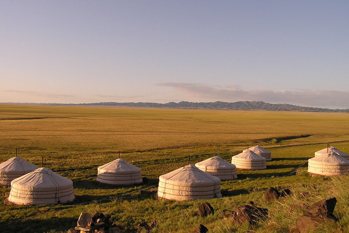 Three Camel Lodge (Mongolia)