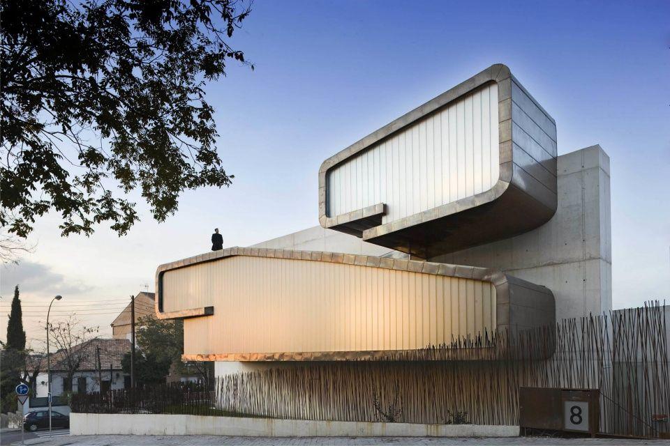 Casa Clip en Madrid, España. Un fantástico proyecto con cobre   Bernalte-Leon y Asociados. #arquitecturacobre