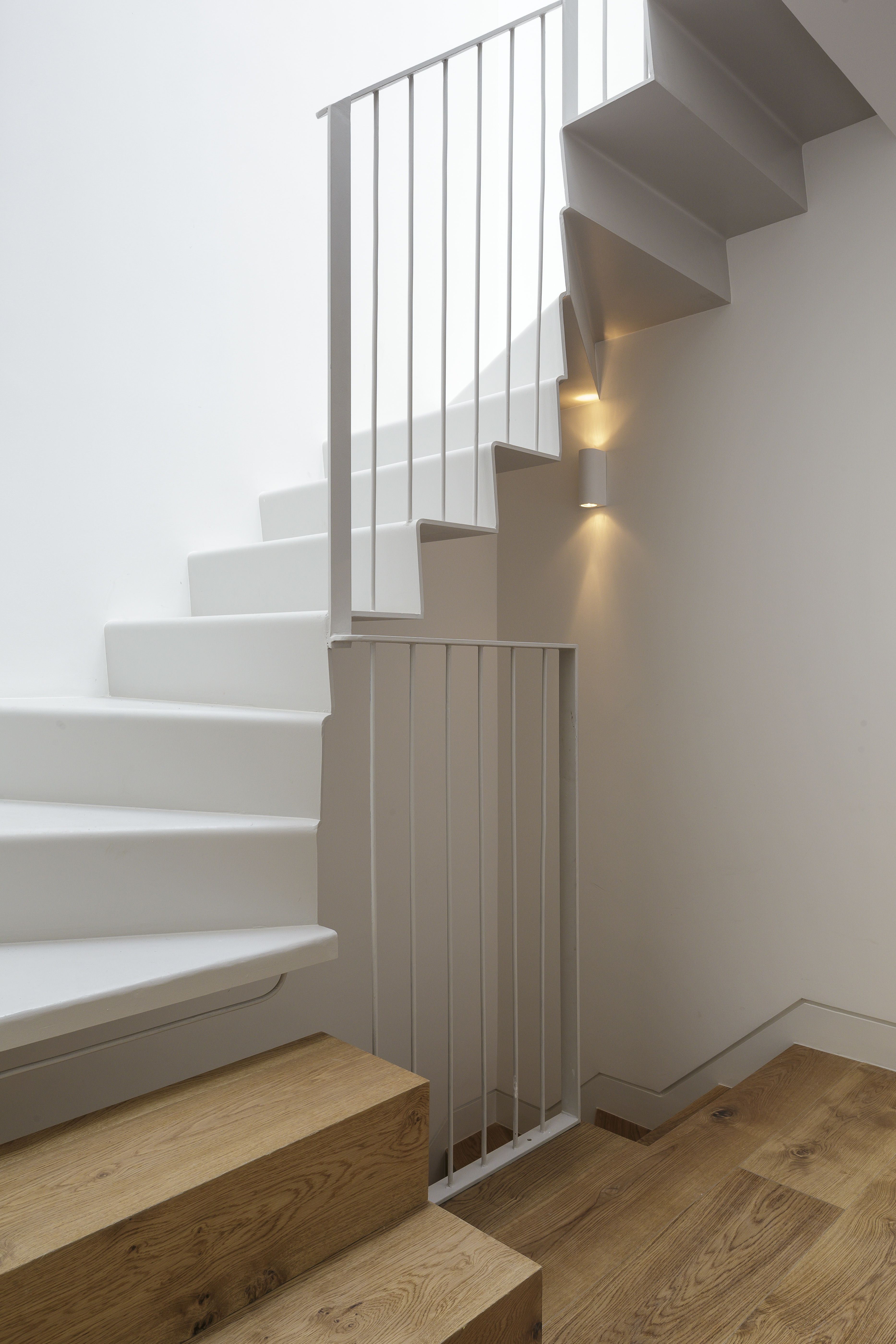 Best 1930S Staircase Design Staircase Design Home Interior 400 x 300