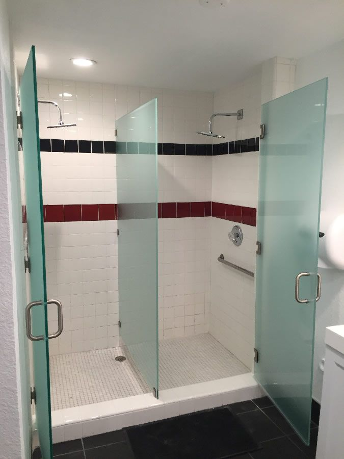 Point Loma Installation Of Frosted Glass Shower Enclosure With Center Divider  Panel In Gym Locker Room.