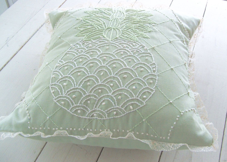 Blindsiding tips cheap decorative pillows area rugs decorative