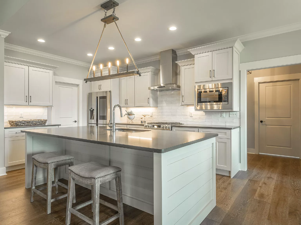 Pin By Linda Hoffmann On Kitchens Zillow