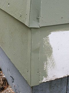 Metal End Caps At Corner Of House With Wood Siding Fiber Cement Siding Wood Siding Siding Repair