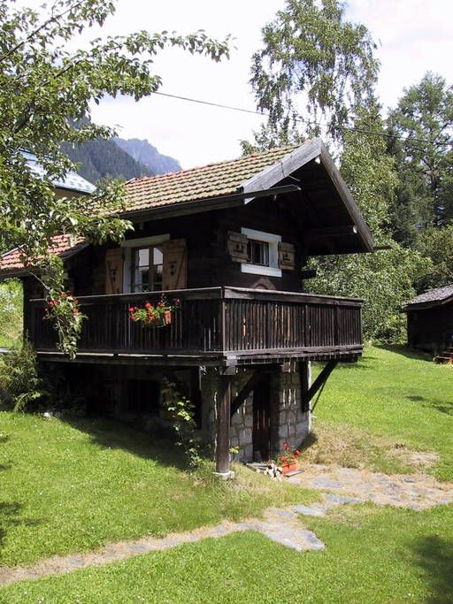 Airbnb Stephen S Mazot In Chamonix Cabins For Rent In Chamonix
