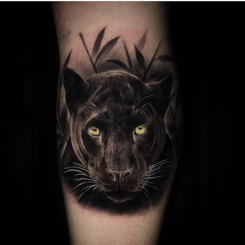 Pin By Andrea On Tatuaje Tierra In 2020 Panther Tattoo Black Panther Tattoo Big Cat Tattoo