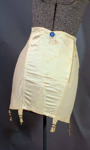 Vintage 1950 S To 1960 S Sarong Corset Girdle Made In Usa Vintage Clothing Online Vintage Clothing Stores Vintage Girdle