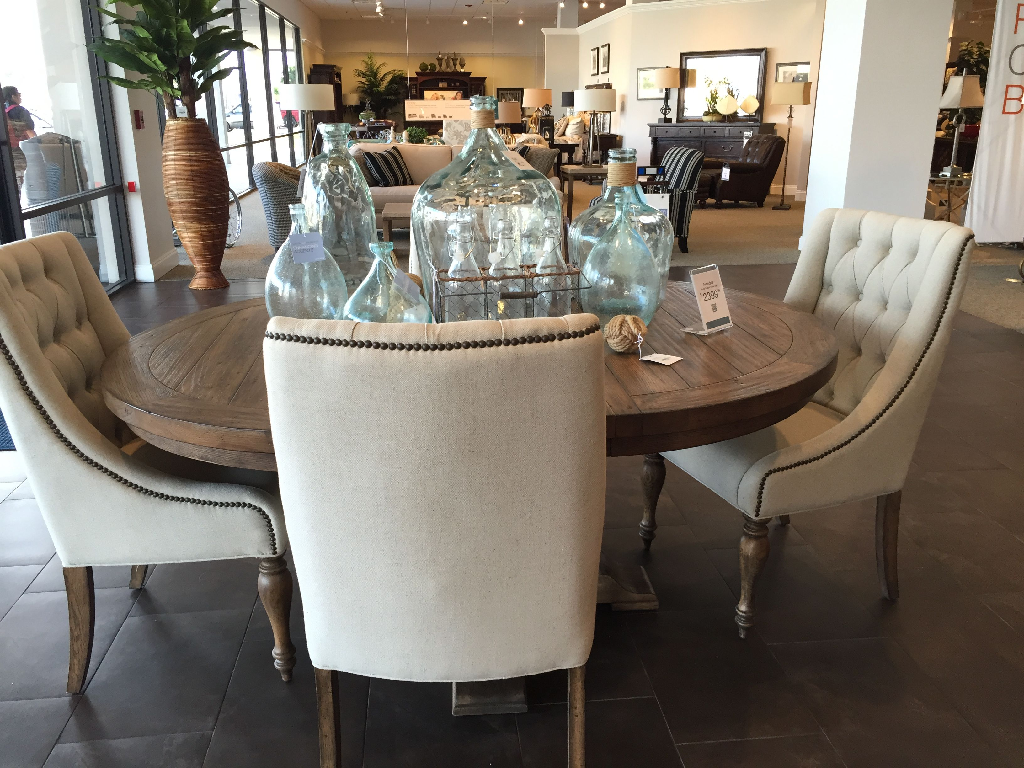 Havertys Avondale Dining Table Kitchen Table Settings Dining