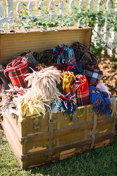blankets for a fall wedding | Kt Crabb #wedding