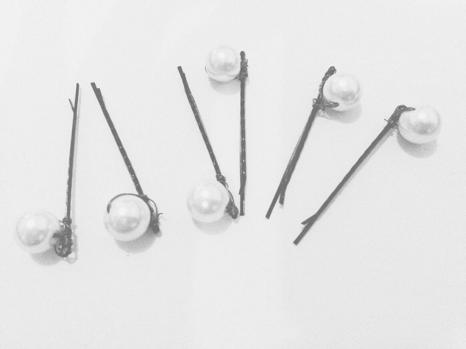 Pearl boby pin