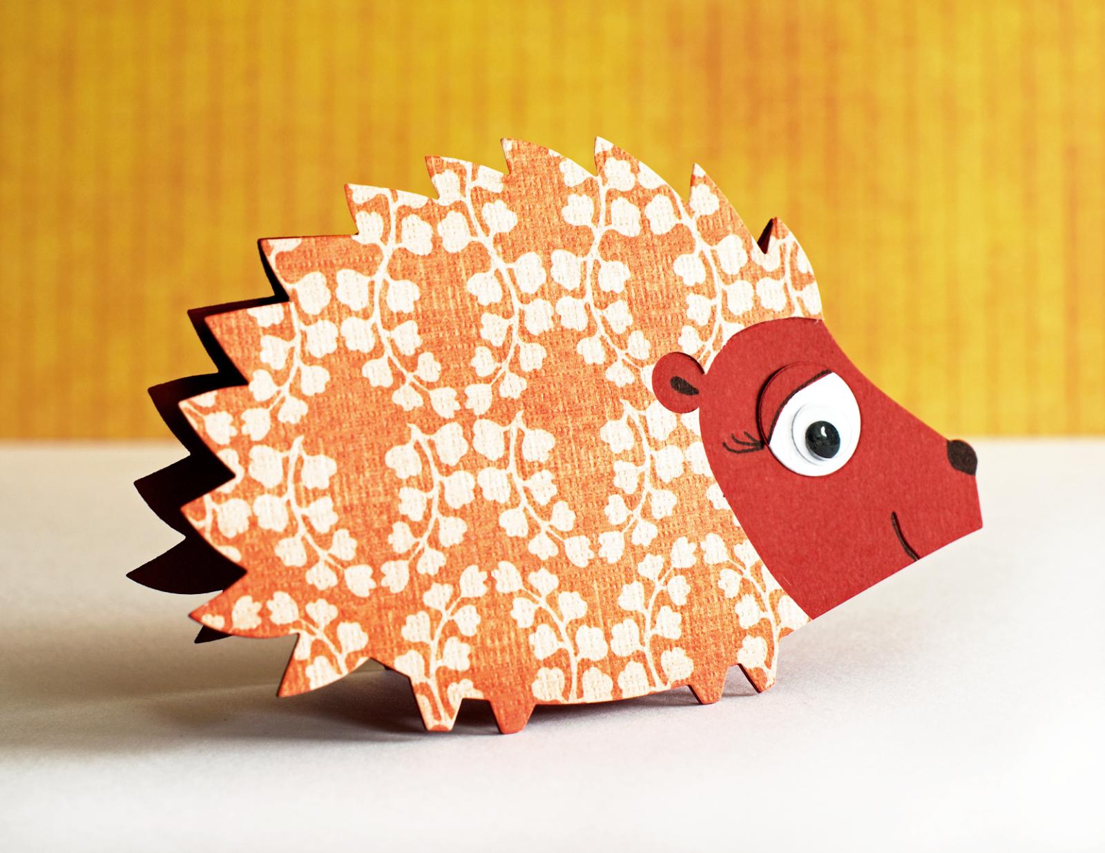Easy Birthday Invitation Cards Using Sizzix Bigz Die Hedgehog