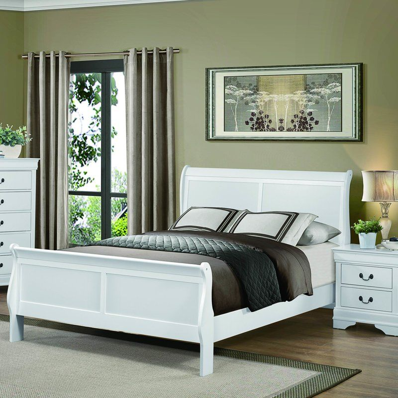 Waynesburg Sleigh Bed Sleigh beds, Traditional bedroom