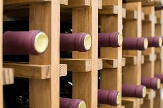 Learn how to store wine.