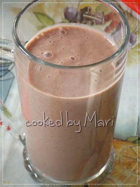 Chocolate strawberry smoothie #chocolatestrawberrysmoothie