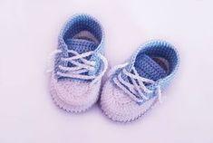 Kostenlose Häkelanleitung Babyschuhe für Neugeborene! #crochetbabyshoes