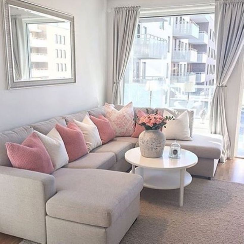 46 Magnificent Apartment Living Room Decorating Ideas On A Budget images