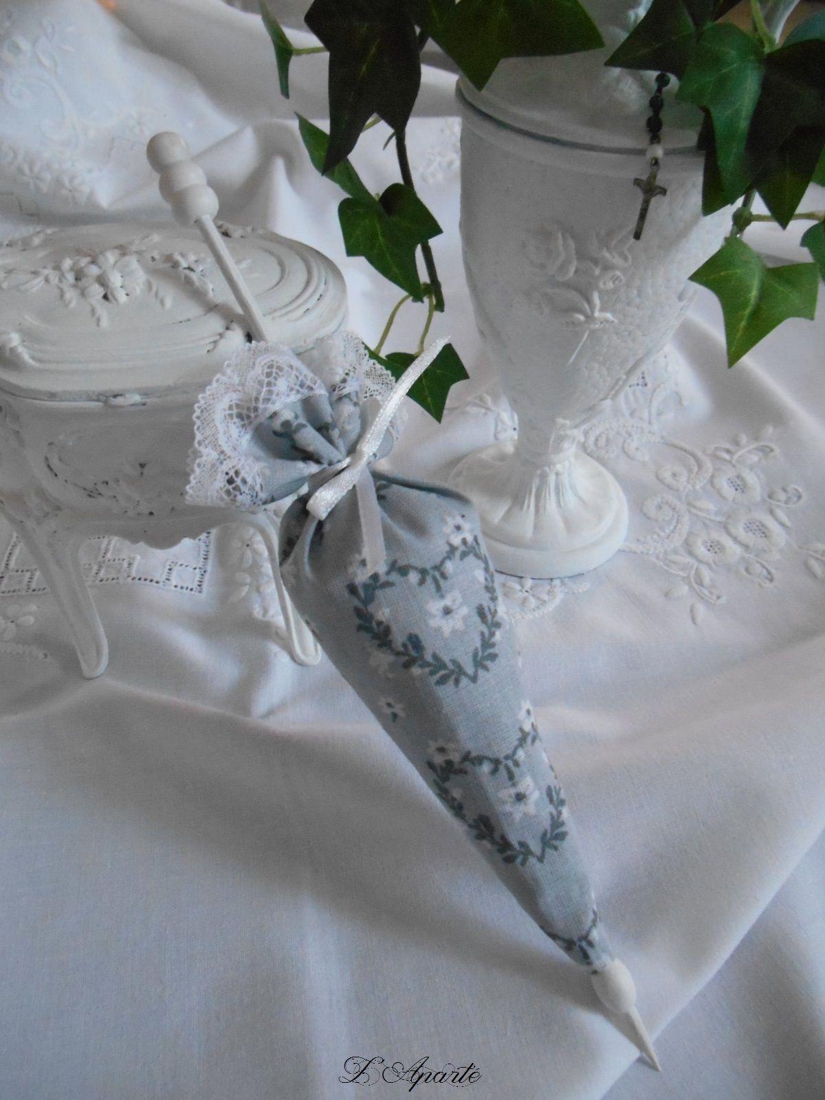 ombrelle garnie de lavande dentelle c ur gris shabby broderie couture tricot pinterest. Black Bedroom Furniture Sets. Home Design Ideas