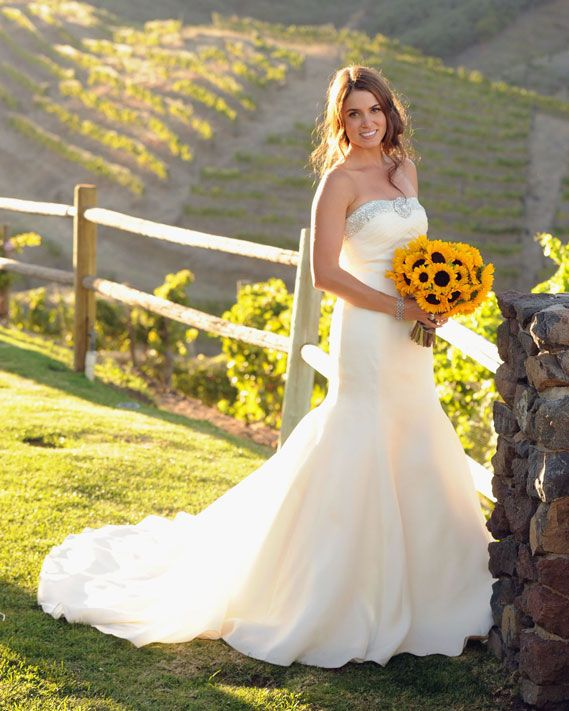"Wedding Dress - Nikki Reed In Tacori ""diamond Dress"""