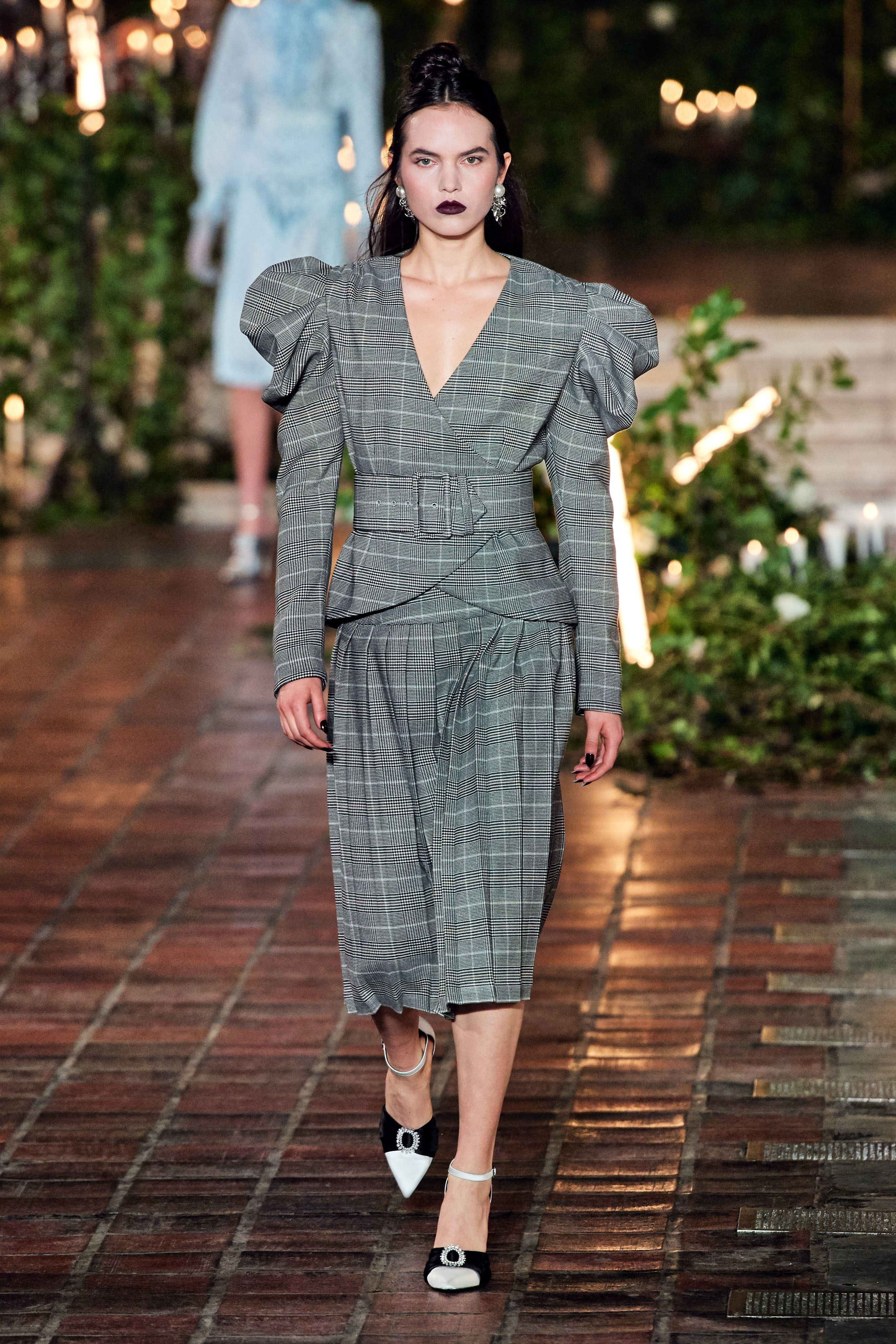 Pleats Thank You In 2020 Fashion Ready To Wear Fashion Show