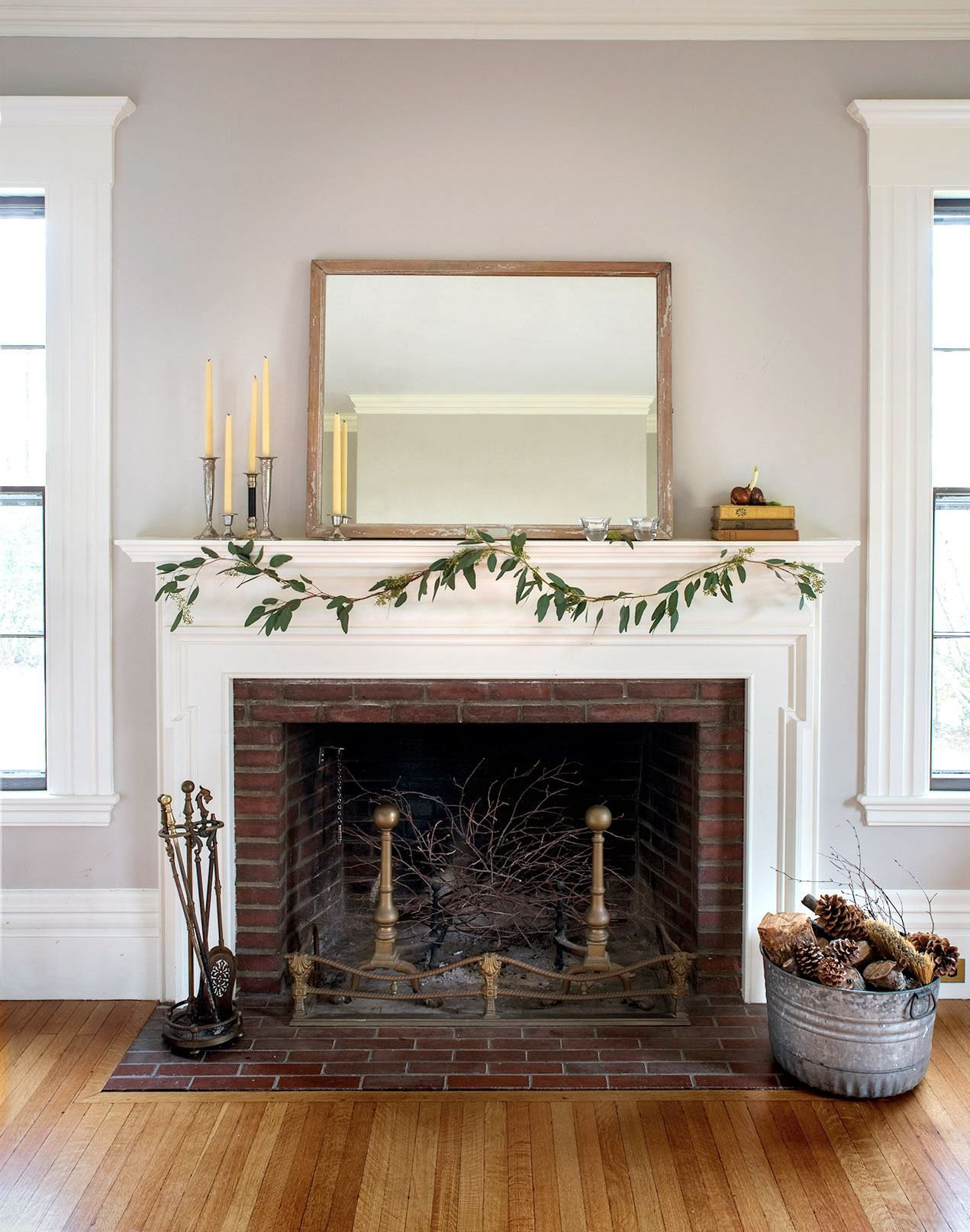 Diy Minimalist Holiday Mantel 10 Edition Remodel