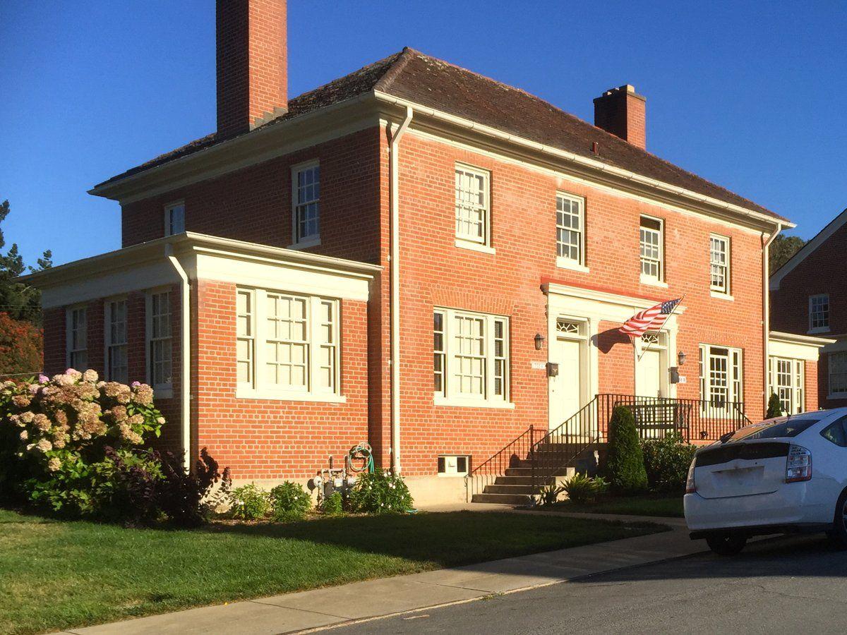 Steven Corley Randel Srandelaia Colonial Revival Architecture House Styles