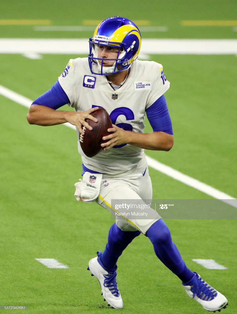 Jared Goff Of The Los Angeles Rams Looks To Pass During The Second In 2020 Jared Goff Jared Goffs