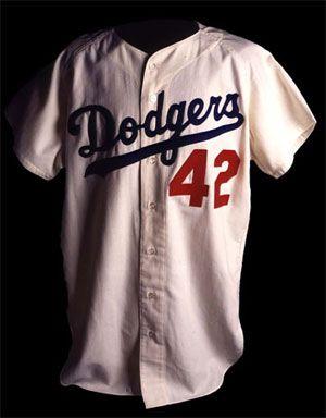 Jackie Robinson s jersey  b04d9862df5