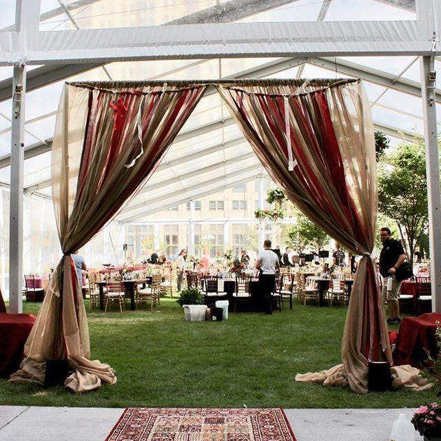Vintage Outdoor Wedding Decorations Ideas: Wedding Entrance, Bohemian Party Ideas