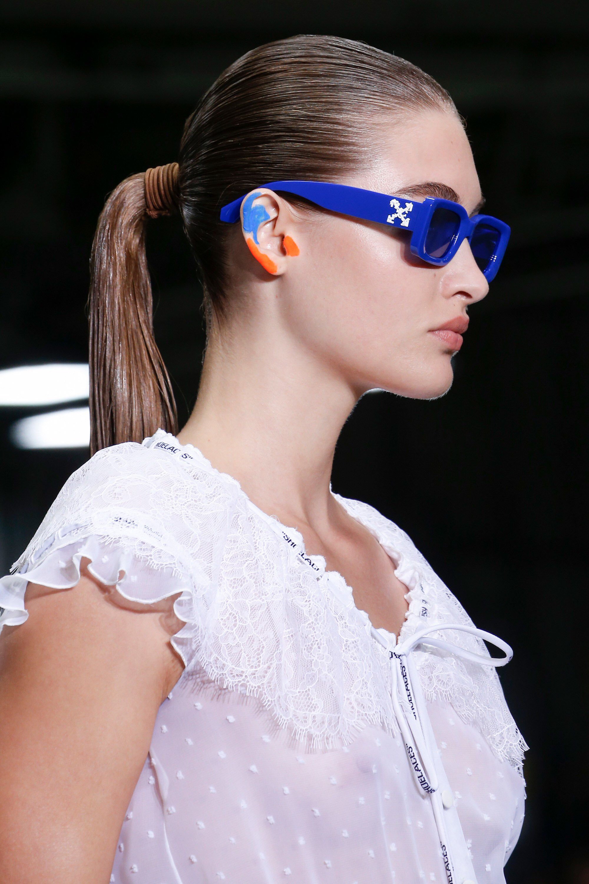 7c28c222dc16 Off-White Spring 2019 Ready-to-Wear Fashion Show Details  See detail photos  for Off-White Spring 2019 Ready-to-Wear collection. Look 10
