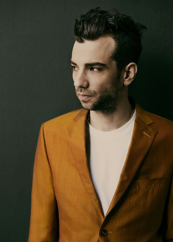 - Slideshow - Jay Baruchel - Interview Magazine