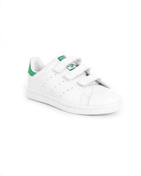 Zapatillas Adidas Stan Smith , famoso modelo de la marca . Inspirada en el mundo del Tenis.  #zapatillas #niño #tiendaonline #moda #niños #modainfantil