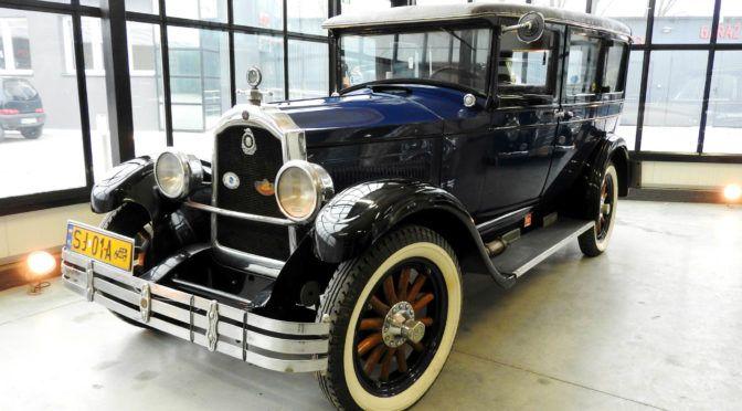 Gielda Klasykow Najciekawsze Samochody Klasyczne Youngtimery I Przyszle Klasyki Na Sprzedaz Antique Cars Antiques Vehicles