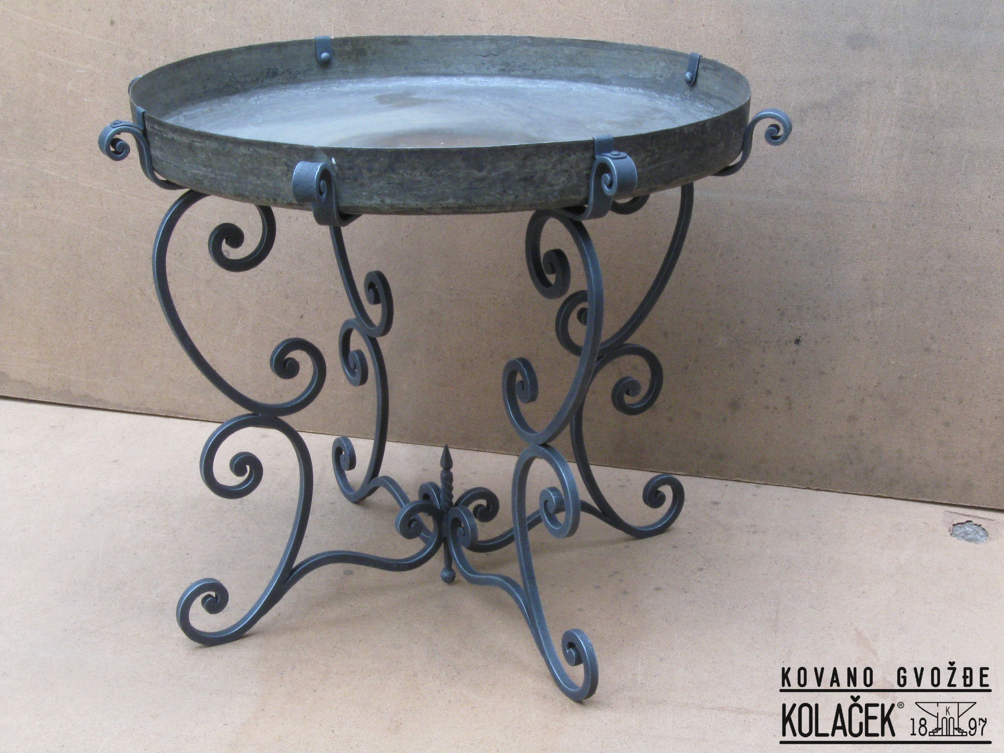 Little table wrought iron Sto od kovanog gvozdja Kolacek 1897
