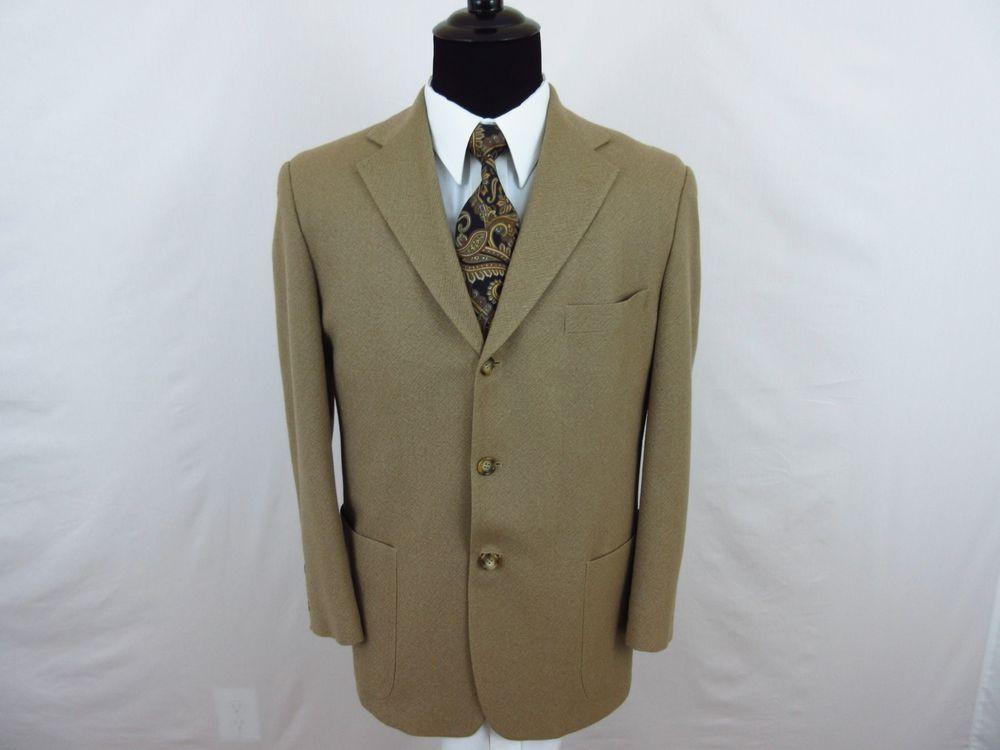 Brooks Brothers Sport Coat Blazer Jacket Men's 100% Wool 42S Beige Three Button  #BrooksBrothers #ThreeButton