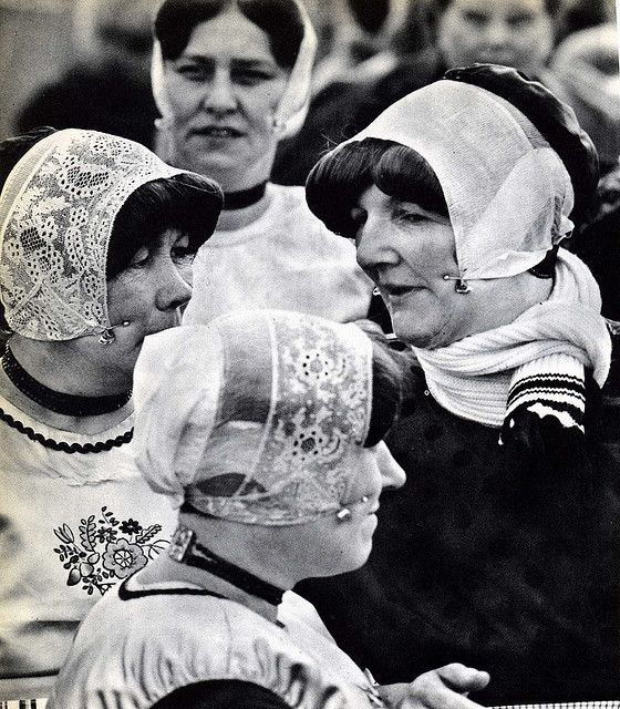 Women from the former Dutch island of URK