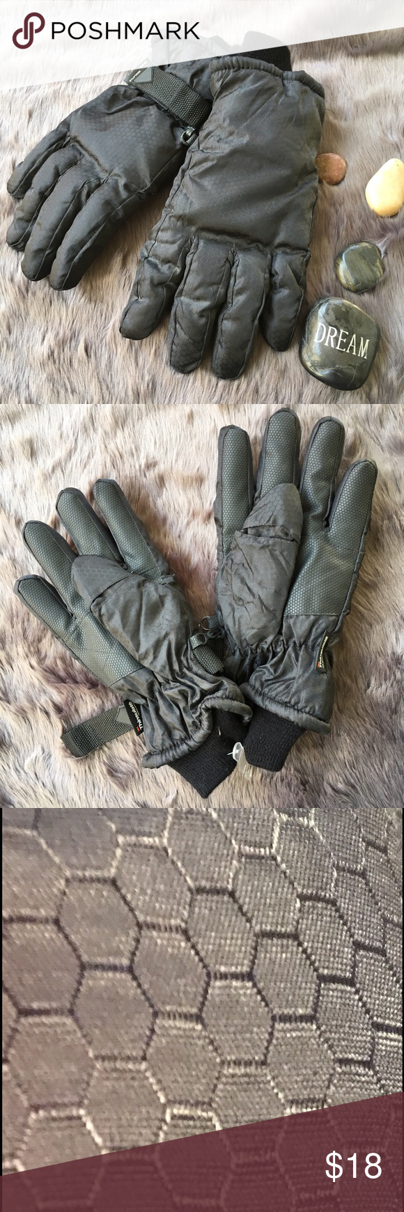 🎁 3M Thinsulate Black Gloves Mens black warm ski gloves have 100 grams insulation. Photo three shows honeycomb pattern on glove. Photo four shows palm & fingers have thin rubber for better grip. One glove has strap to tighten. Second glove does not. Photo five shows glove with out & six shows the other glove with. I believe it was made with out. Glove has stretchy fitted knit material at wrist. Never used. NO holes or damage. New with original plastic hanger attached. Thinsulate Accessories…