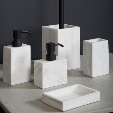 Carrarra marmer accessoires - Badkamer   Pinterest - Badkamer ...